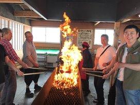藁焼き体験の写真